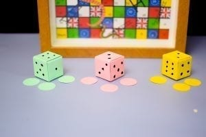 make your paper dice